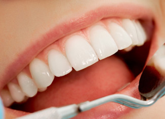 razones para visitar dentista y clinica dental